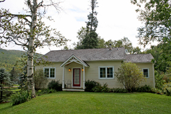 71 Station Road, Mt Holly, VT 05758