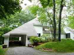 35 Southface Drive, Warren, VT 05674