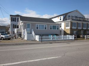 751 Ocean Blvd., Hampton, NH