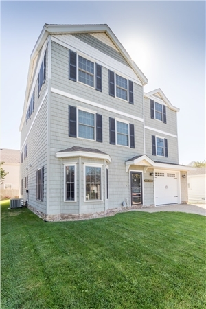 119 Kings Highway, Hampton, NH