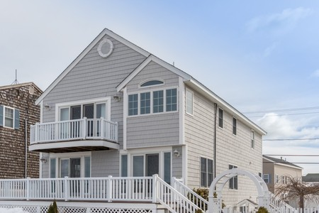 280 Portsmouth Ave, Seabrook Beach, NH