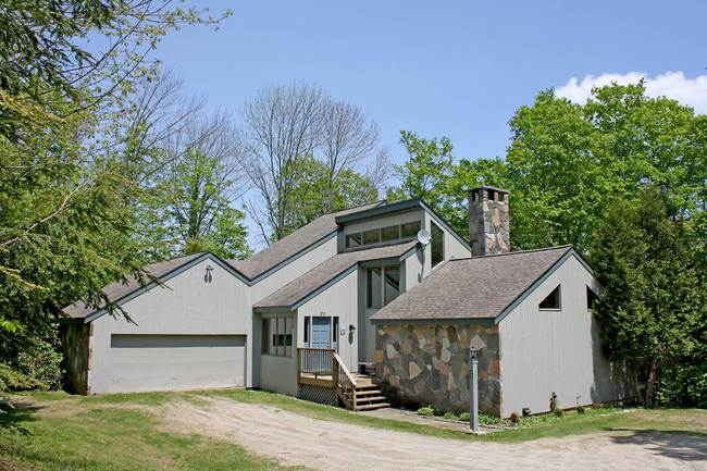 28 Mountain View Drive, Ludlow, VT 05149