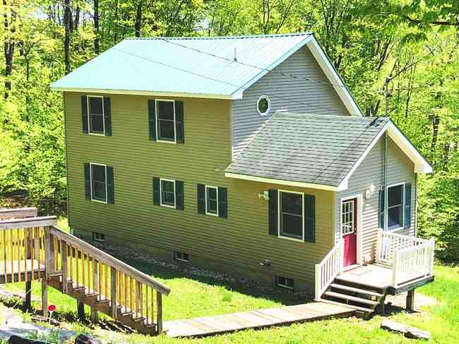 333 58 Snow Shoe Rd Wilmington VT 05363