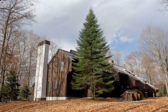 998 East Ash Road, Plymouth, VT 05056
