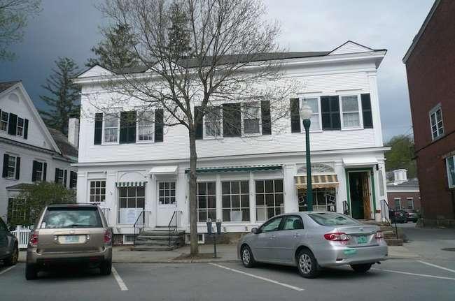 23 Elm Street, Woodstock, VT 05091