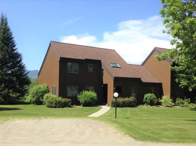 251 Luce Hill Rd - Stonybrook #19 Stowe VT 05672