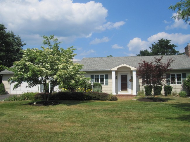 9 Ox Point Drive, Kittery, ME 03904