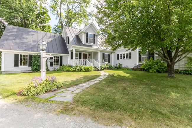 299 Grassy Lane (SOLD/CLOSED) Woodstock VT 05091