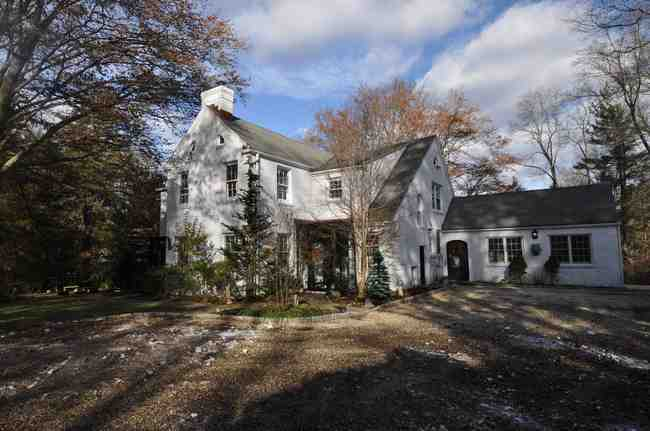 828 Silvermine Road, New Canaan, CT 06840