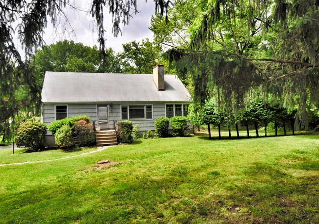 105 Greens Farms Road, Westport, CT 06880