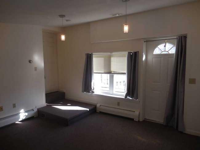 23 Main Street Easthampton MA 01027