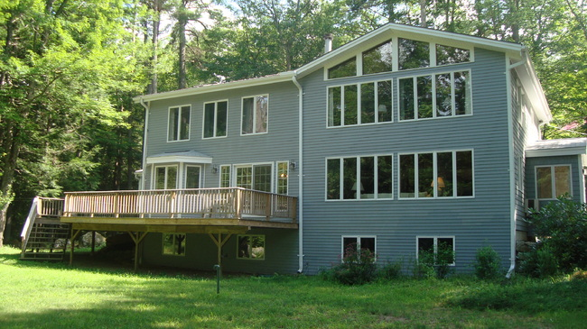 60 Black Point Rd, Alton Bay, NH 03810