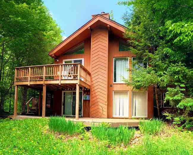 627 31 Howes Loop Wilmington VT 05363