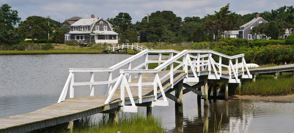Cape cod homes for sale real estate in dennis chatham for Cape cod waterfront homes for sale