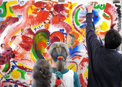Local residents learn about Tunisian Collaborative Painting