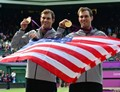 Bob_and_Mike_Bryan_-_gold_with_flag