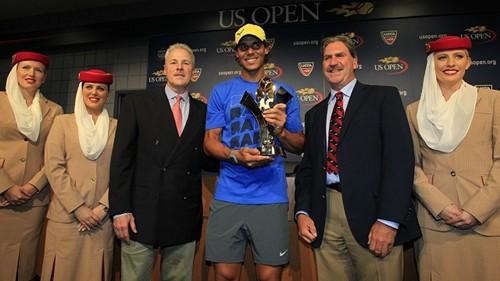Nadal - Series trophy2