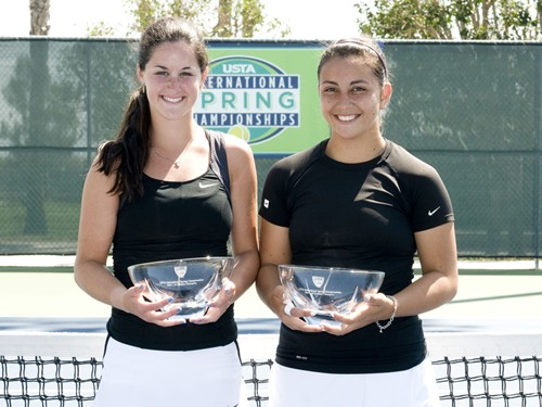Trophy Girls 18 doubles 024