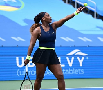 Serena-Williams-Serves