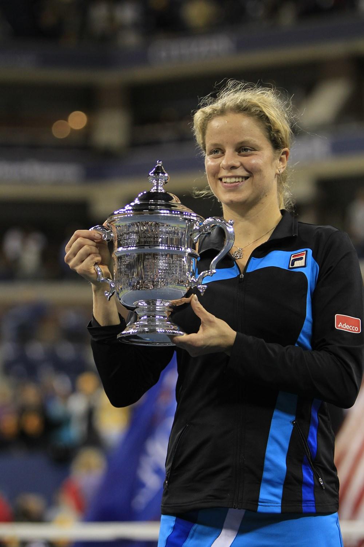 Kim_Clijsters_US_Open_Trophy