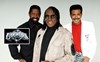 The-Commodores---Approved-Picture-2015-HI-RES_685