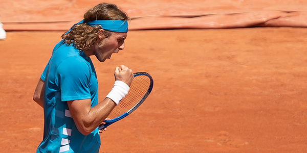 01-600x300_Tsitsipas_Clay_Celebration