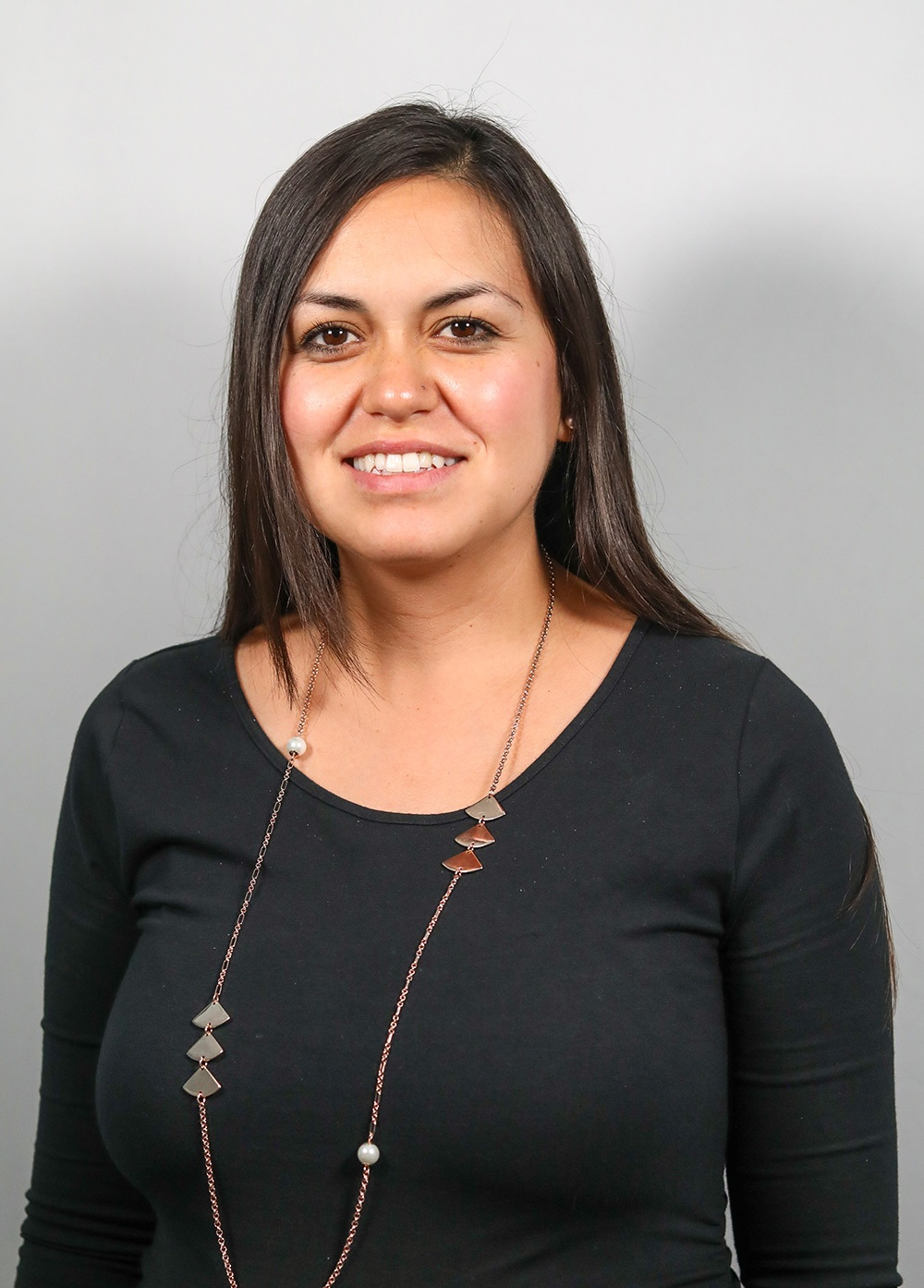 Headshot of Diana Prieto.