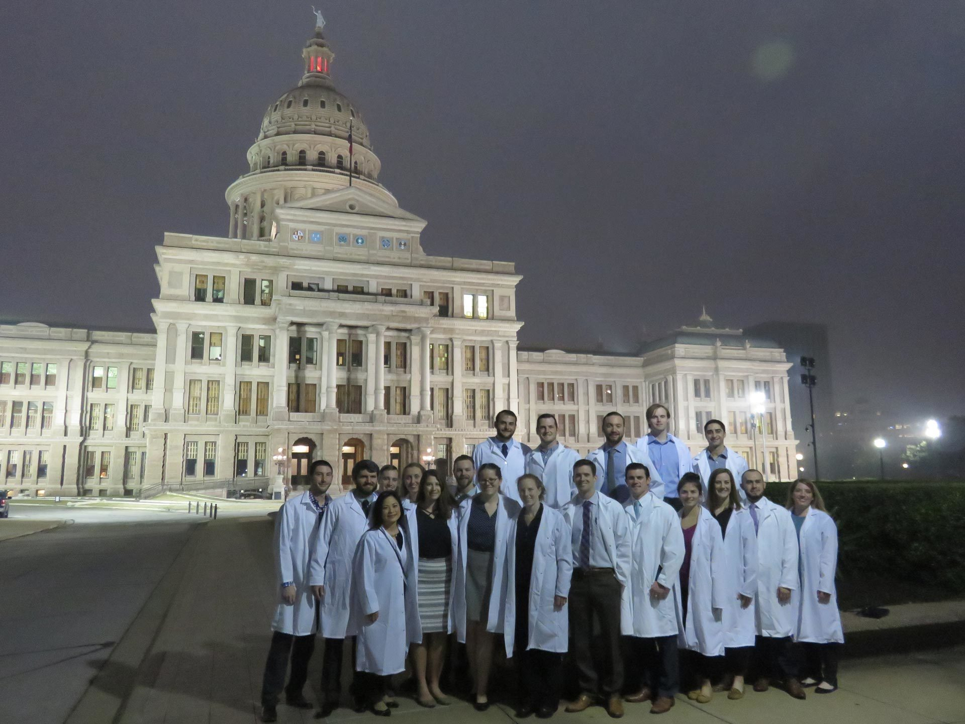 Emergency Medicine residents in front of the Texas Capitol.