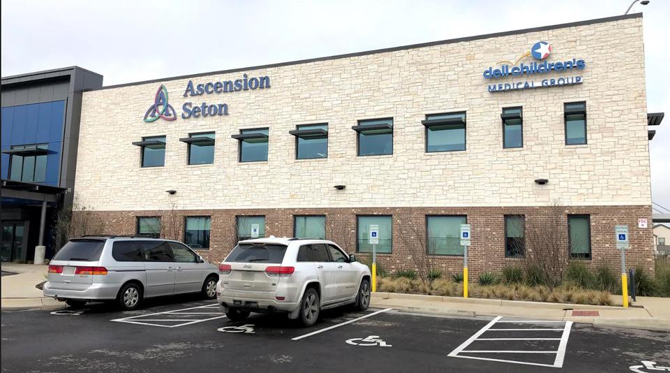 Exterior of Ascension Seton Health Center Buda.