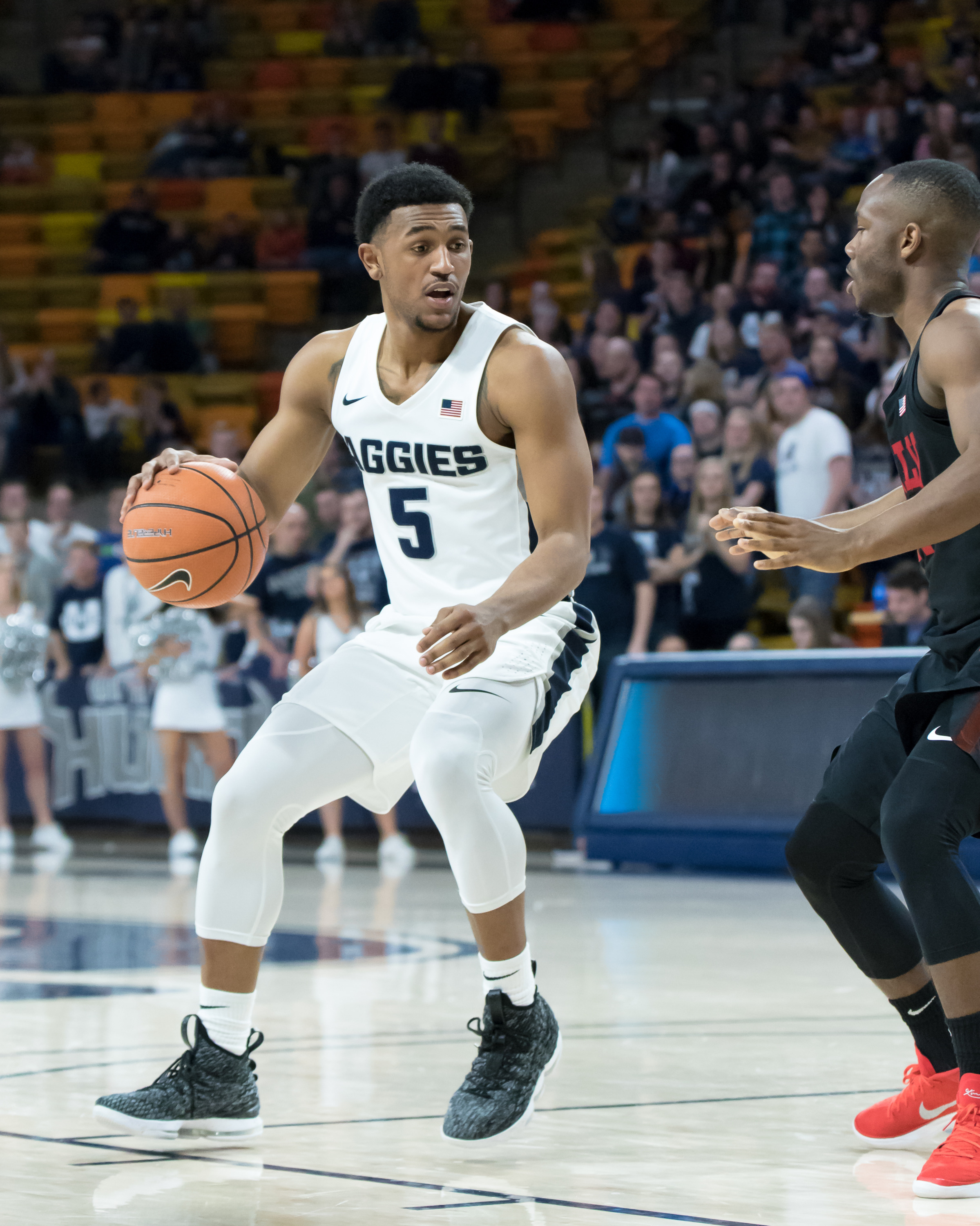 utah state men's basketball victorious in first round of mw