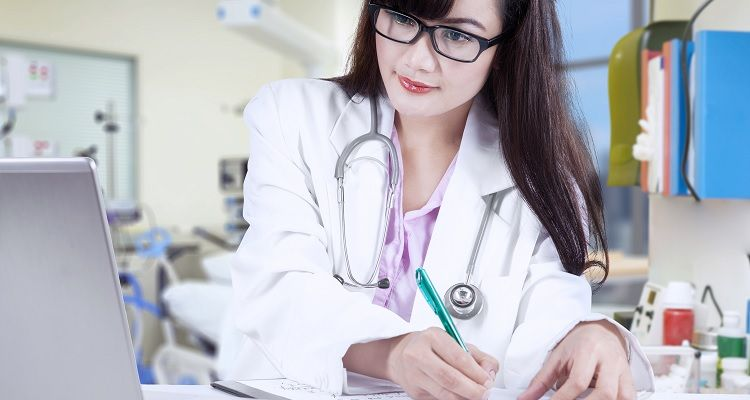 Advanced Practiced Registered Nurse working in lab office