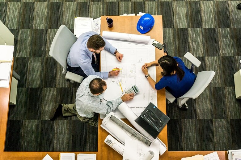 Tips for managing a construction project