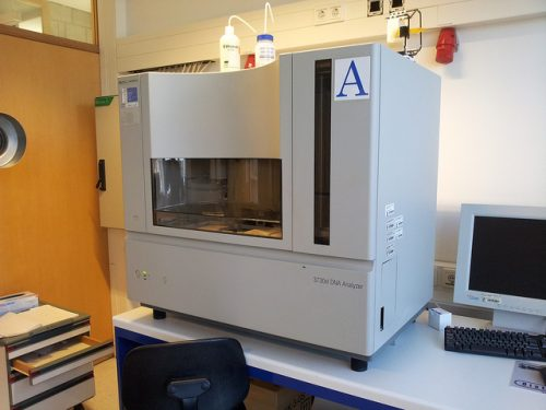 DNA analyzer in a lab