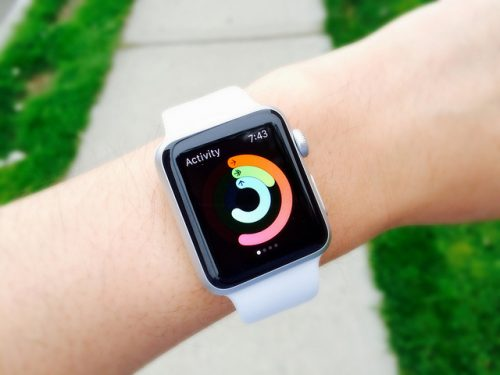 Person wearing a apple watch