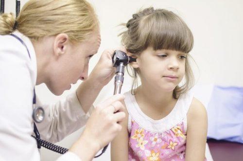An FNP checks up on a child.