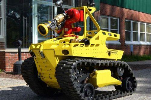 Robotic firefighting machine