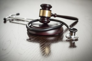 Major-Corruption-Cases-in-U.S.-Health-Law gavel and stethoscope