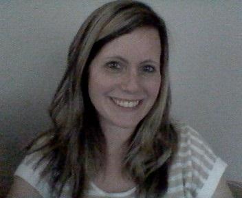 Amanda Clark headshot
