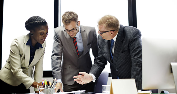 How an Online MBA Can Prepare You to Lead and Succeed
