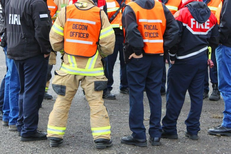 A whole community approach to disaster management involves both public and private agencies.