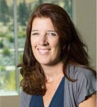 Online MSW Program Coordinator Dorothy Farrel