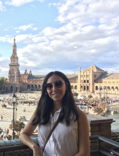 Carol Pérez, WSU Online MBA student, smiles while traveling