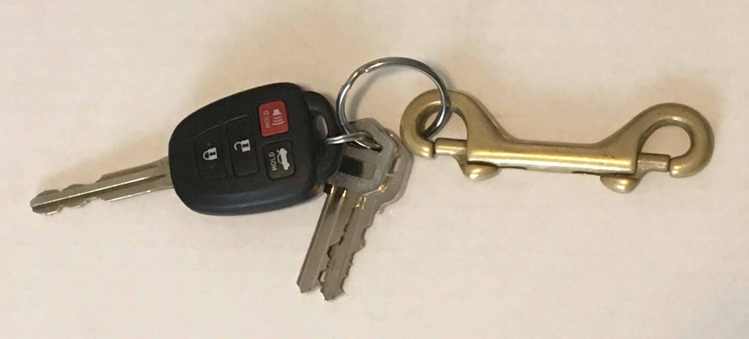double-ended-snap-clip—with-personal-keys.jpg
