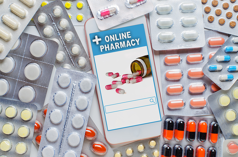 The Pros and Cons of Using an Online Pharmacy