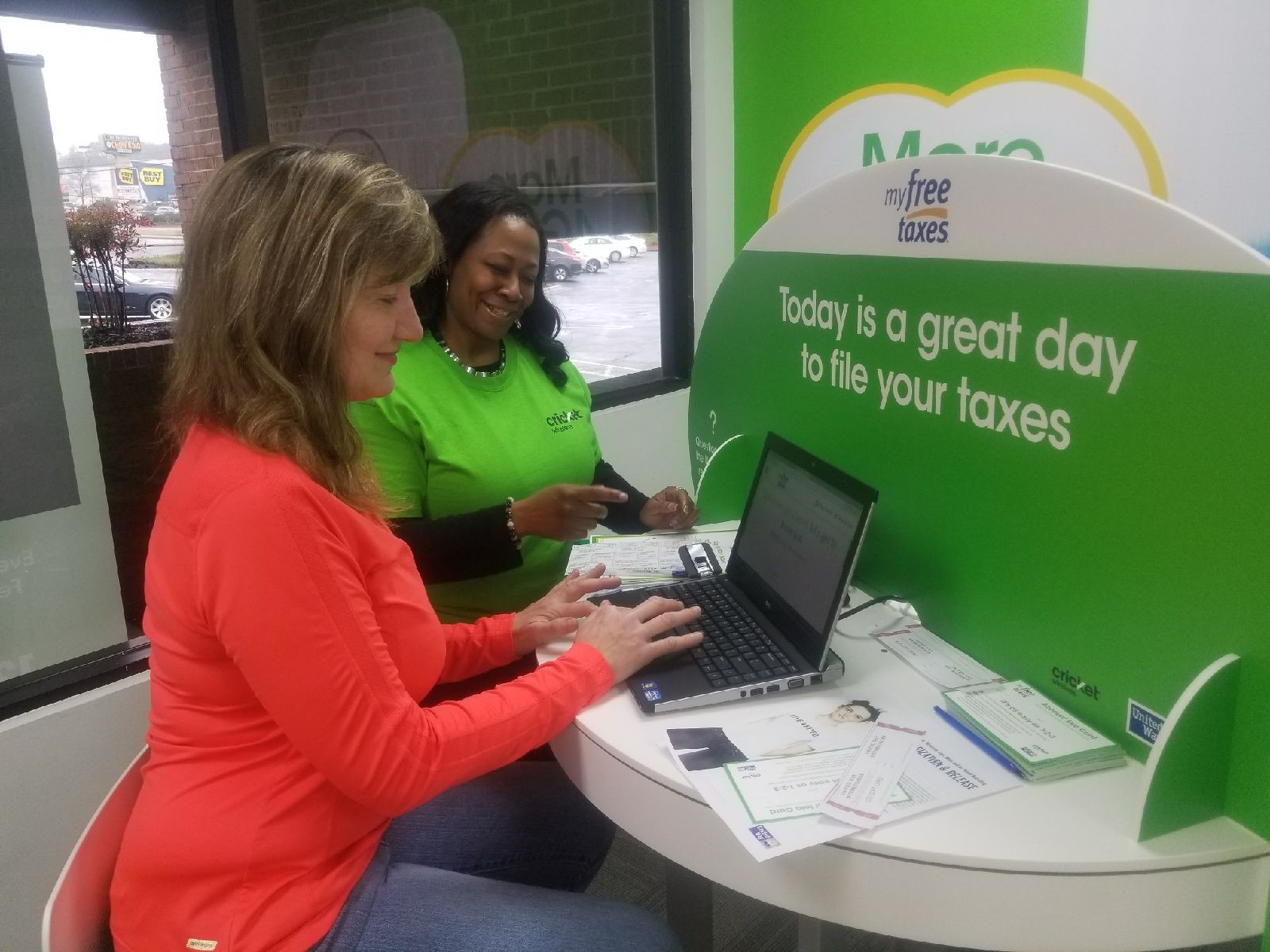 United Way Worldwide and Cricket Wireless are partnering to offer FREE tax filing assistance via MyFreeTaxes.com at select Cricket stores.