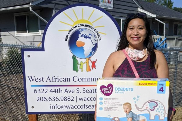 Volunteer from United Way of King County recently organized a diaper drive to support their Parent Child+ efforts.