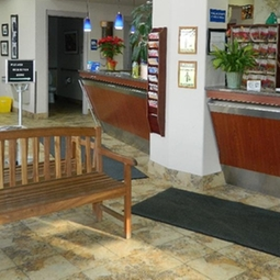 Memorial Drive Veterinary Clinic (front office)