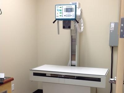 digital x-ray machine in veterinary clinic