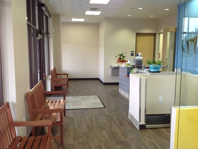 waiting area at veterinary clinic