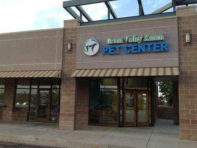 Pet Center Sign